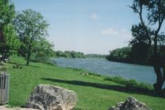 img121 23.5.04 Tillenay - e più avanti il paesaggio è ancora più bello!