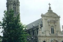 img163 27.5.04 - Cambrai, la cattedrale (niente di speciale, molto meglio palazzo comunale e piazza)