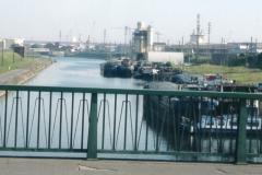 img174 29.5.04, sabato mattina - Canale e porto di Dunkerque ... e adesso a PARIGI !!!