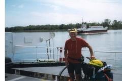 img110 11.5.2005 Imbarco di Bac de Bacarin, poco prima di St. Louis.