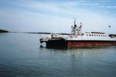 img111 11.5.2005 Il traghetto sul Rodano