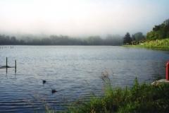 img124 15.5.2005, mattina. Boussens, sul lago