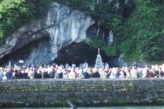 img129 16.5.2005 Lourdes, mattina - ''porterà buono''