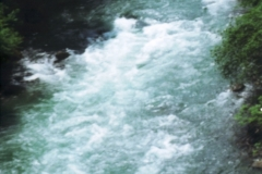 img133 16.5.2005 St. Pé de Bogorre, dintorni. Omaggio alla canoa