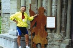 img135 16.5.2005. Il 2 pellegrini. St Blaise, patrimonio mondiale dell'Unesco. No, non Diego, la chiesa !
