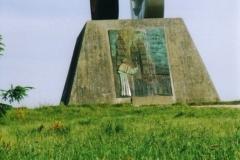 img410 24.5.2005. La statua del pellegrino. Dopo S. Marcos direz. Monte Goro