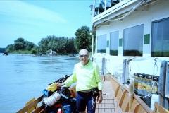 36 b 11 ° sul Danubio